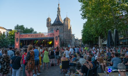 Tributebands Amy Winehouse en Bruce Springsteen op Deventer Brink